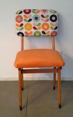 sillas americanas restauradas, $850 en http://ofeliafeliz.com.ar