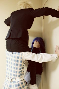 """ask-ohime-seragaki: """" jabberwocky: """" """"We're your biggest fans, Aoba."""" aoba//virus//trip//photo """" Im sorry but i just….*saves picture* """""""