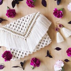 Handmade macrame envelope-style clutch perfect for on the go! This clutch measures x and easily holds any phone, regular or plus size, along with keys and a wallet. Macrame Purse, Macrame Art, Macrame Projects, Knitted Bags, Crochet Bags, Crochet Wallet, Custom Clutches, Race Day Outfits, Clutch Pattern