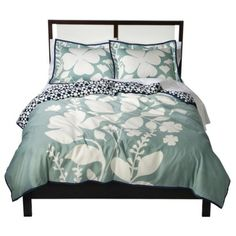 Room 365 Overlapping Leaves comforter set from Target - love the printed accent on the other side.