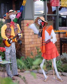 Dia de los Muertos in Albuquerque. Big parade is Sunday. I can't wait! #diadelosMuertos #abq #albuquerque #fujixt1 #myfujifilm #xt1
