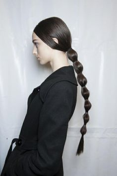 """backstage beauty at Valentino Fall 2014 """"The collection this season felt more eclectic, so I wanted the hair at Valentino to be more whimsical and playful. I created a simple part and added a. Ponytail Hairstyles, Pretty Hairstyles, Girl Hairstyles, High Fashion Hair, Prom Hair Down, High Hair, Runway Hair, Hair Arrange, Editorial Hair"""