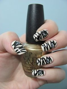 mummy nail art. . .just another way to celebrate halloween!