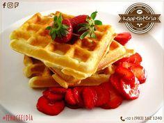 Ven a disfrutar de nuestros deliciosos waffles... te van a encantar como a nosotros!  SERVICIO A DOMICILIO AL (983) 162 1240. Comienza el día ligero y delicioso con nuestro #KáapehCOMBO #Desayuno de hoy... les esperamos buen día!  SERVICIO A DOMICILIO AL (983) 162 1240  #Promociones #KáapehCOMBO #Desayunos #Káapehtería #TeHaceElDía #Káapehtear #ConsumeLocal #Cafetería #Café #Alimentos #Postres #Pasteles #Panes #Cancún #Chetumal #México