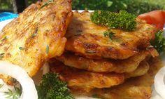 Cibuláčky.....Cibuli si nakrájíme na hodně jemné kousky. Smícháme mouku, vejce, cibuli koření, šunku a sýr a mléko. Lžíci dáváme na rozpálený olej placičky a... Hungarian Recipes, Russian Recipes, Czech Recipes, Ethnic Recipes, Low Carb Recipes, Vegan Recipes, Fast Dinners, Sweet And Salty, Tandoori Chicken