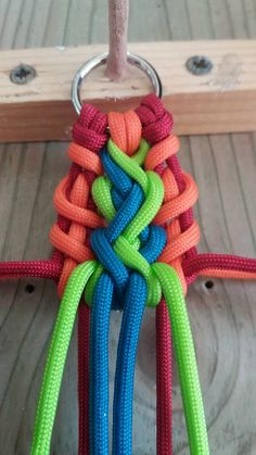 Rocky Shore Paracord Weaves, Swiss Paracord, Rocky Shore, Paracord Projects, Macrame Knots, Weaving, Dog Collars, Cool Stuff, Bracelets