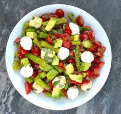 Asparagus, Tomato and Avocado Salad in a creamy lemon vinaigrette! Healthy, quick and delicious! www.maebells.com