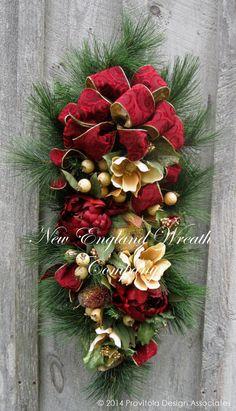 Christmas Swag, Holiday Wreath, Williamsburg, Colonial Christmas, Designer Christmas Wreath, Elegant Holiday Décor