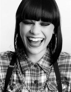 Jessie J. Oh my gosh, love her, and love what she stands for. Jessie J, Girl Celebrities, Celebs, Facial, Thick Girl Fashion, Interesting Faces, Celebrity Pictures, Face And Body, My Idol