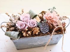 Sola Flowers, Dried Flowers, Paper Flowers, Flower Box Gift, Flower Boxes, Creative Flower Arrangements, Flower Boutique, How To Preserve Flowers, Easter Wreaths