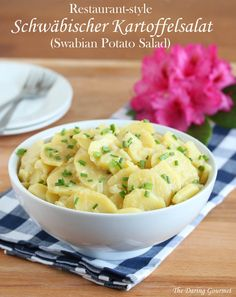 German swabian potato salad recipe authentic Germany Schwäbischer Kartoffelsalat Rezept