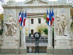 Monument aux morts de Nîmes