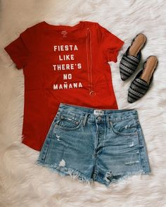Fiesta Like There's No Mañana Tee | Crescent Necklace | Jean Shorts | Woven Mules | Crescent Necklace #ShopStyle #shopthelook #SpringStyle #cincodemayo #WeekendLook #OOTD #casual #casuallook #americanstyle #fashion #blogger