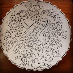 Sizi küçük şirin şeyler... #dekor #cizim #tahrir #kontur #tabak #plate #iznik #nicea #tile #weekend #hobby #finearts #sanat #art #instaart… Islamic Motifs, Islamic Art, Clay Plates, Ceramic Plates, Diy Bag Painting, Color Me Mine, Persian Pattern, Scandinavian Folk Art, Beadwork Designs
