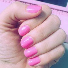 #bubblegum #pink #prettyinpink #nailpolish #nails #nailstagram by trish_lana