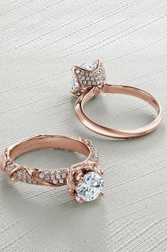 21 Rose Gold Engagement Rings By Famous Jewelers ❤ Rose gold engagement rings are very popular. All jewelers include in their collections engagement rings in rose gold. Browse the most popular rings! Best Engagement Rings, Rose Gold Engagement Ring, Solitaire Engagement, Gold Rings Jewelry, Gemstone Rings, Famous Jewelers, Tiny Rings, Argent Sterling, Ring Verlobung