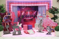 Barbie a Princesa e a Pop Star - Muita Festa Decorações