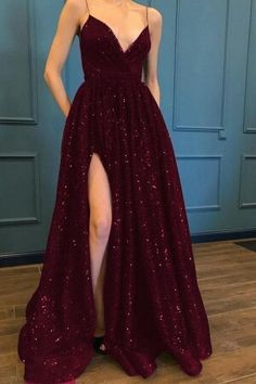 ✔ Dress Long Prom Night The best image for Prom Dress differs . Senior Prom Dresses, Prom Outfits, A Line Prom Dresses, Beautiful Prom Dresses, Mode Outfits, Ball Dresses, Cute Dresses, Formal Dresses, Formal Prom