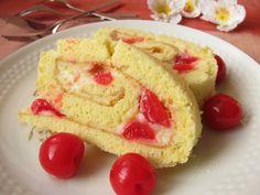 La cerise est un petit fruit charnu, sucré et surtout juteux et délicieux. On adore les déguster directement dans le cerisier par...