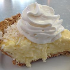 The Absolute Best Coconut Cream Pie INGREDIENTS : 1 c milk 1 c sweetened, flaked coconut 1 c light cream c sugar 2 Tbsp corn starch 2 eggs, separated 1 tsp vanilla 1 pie crust. Holiday Desserts, Just Desserts, Delicious Desserts, Vegan Desserts, Pie Dessert, Dessert Recipes, Best Coconut Cream Pie, Pie Coconut, Toasted Coconut