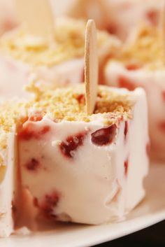 Wait a second—you've never hacked a cheesecake recipe by making it in your ice cube tray? Watch closely, because this trick for making cheesecake pops is an. Frozen Desserts, Frozen Treats, Healthy Desserts, Mini Desserts, Healthy Appetizers, Party Desserts, Summer Desserts, Summer Recipes, Healthy Food