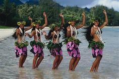Bailarinas de la Polinesia