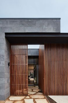 The Courtyard House,© Mike Baker