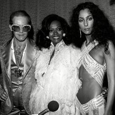 Elton John, Diana Ross & Cher at studio 54 Diana Ross, Divas, Elton John Diana, Studio 54 New York, Chers Parents, We Will Rock You, Disco Party, Disco Disco, 1970s Disco
