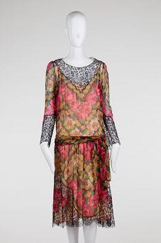 A. & L. Tirocchi (1913-47) Day dress - American ca. 1926. Printed silk plain w/ cotton machine lace. RISD