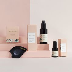 Wildling is a three-part facial gua sha ritual. Practicing the ancient art of Gua Sha will help clear, smooth, plump, tighten and rejuvenate skin while also reducing under-eye circles and puffiness. Bottle Packaging, Cosmetic Packaging, Beauty Packaging, Brand Packaging, Packaging Design, Branding Design, Skincare Packaging, Product Packaging, Packaging Inspiration