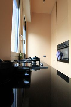 "MINI-APARTMENT WITH A ""NEW DECO"" SOUL, Milano, 2013 - matteo fieni"