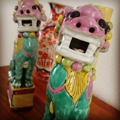 #chineseporcelain #chineseart #porcelain #antiqueporcelain #porcelainart #asianart #antiquedealer #collectors #artappreciation #loveart #antique #ceramics #chorusbotha #foodogs