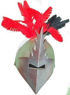 Masque de chevalier avec 3 assiettes en carton