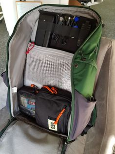 How to Pack an Everyday Carry (EDC) Bag - Carryology - Exploring better ways to carry Edc Backpack, Edc Bag, Everyday Carry Bag, Carry On Bag, Krav Maga, Suitcase Packing Tips, Rolling Bag, Edc Gadgets, Designer Backpacks