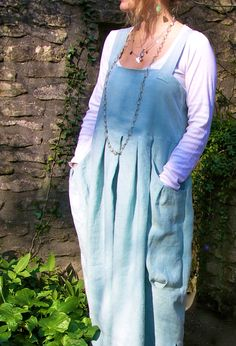 Pleated Pocket Pinafore in linen.