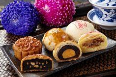 Taiwanese cakes - moon cake, mung bean cake, date and walnut cake  #Taiwan #Chinese