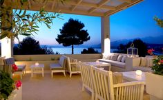 Thalassa Hotel is one of the best Kefalonia Hotels located in Lassi