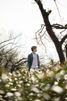 Gong Yoo captures the warmth of spring with 'Epigram' Gong Yoo Smile, Yoo Gong, Gong Yoo Goblin Wallpaper, Goblin Lockscreen, Goblin Korean Drama, Goong Yoo, Goblin Gong Yoo, Best Kdrama, Actresses