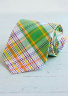 Tie And Pocket Square, Square Scarf, Green And Orange, Seersucker, Red Plaid, Preppy, Bows, Colours, Trending Outfits