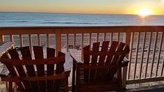 BEACHFRONT WITH AMAZING OCEAN AND SUNRISE VIEWS - NEWLY RENOVATED