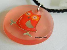 Pendentif résine rose hibou somnambule - pendentif - lerevdeyo-bijoux - Fait Maison