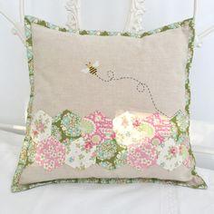 Sew Sweet Violet: Tilda + Bumblebees = V. Happy me x