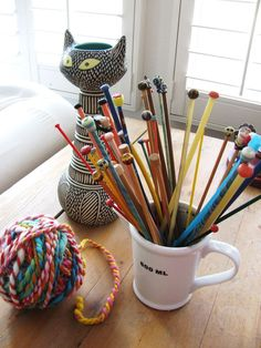 knitting needles: how can you resist crafting with a set up like this tempting you?