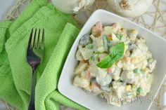 Karfiolový šalát na spôsob zemiakového Cauliflower Potatoes, Cauliflower Salad, Salada Light, Low Calorie Recipes, Healthy Recipes, Classic Potato Salad, Desserts Sains, Good Food, Yummy Food