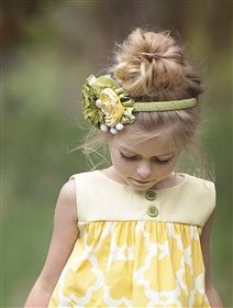 Persnickety Clothing - Alpine Daisy Olive Headband in Green