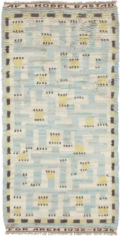 Vintage Swedish pile rug by Märta Måås-Fjetterström makes a strong design statement. The rug in living room will look splendid.