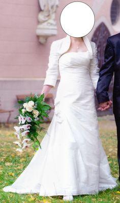 ♥ Brautkleid Agnes Bridal Collection Größe 40 ♥  Ansehen: http://www.brautboerse.de/brautkleid-verkaufen/brautkleid-agnes-bridal-collection-groesse-40/   #Brautkleider #Hochzeit #Wedding