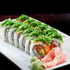 Best Sushi at Akashi Brickell Sushi Recipes, Healthy Recipes, Healthy Foods, Best Sushi Rolls, Sushi Catering, Food To Make, Making Food, Seafood Buffet, Sushi Love