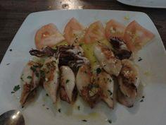 El rincon de Rosita en Sevilla, Andalucía Shrimp, Chicken, Meat, Food, Sevilla, Places, Eten, Meals, Cubs
