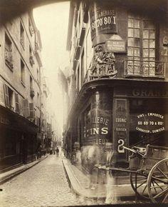 Eugène Atget  Shop sign, au Rémouleur  on the corner of the rue des Nonnains-d'Hyères and rue de l'Hôtel-de-Ville, 4th arrondissement   July 1899   Albumen photograph   © Musée Carnavalet, Paris / Roger-Viollet / TopFoto